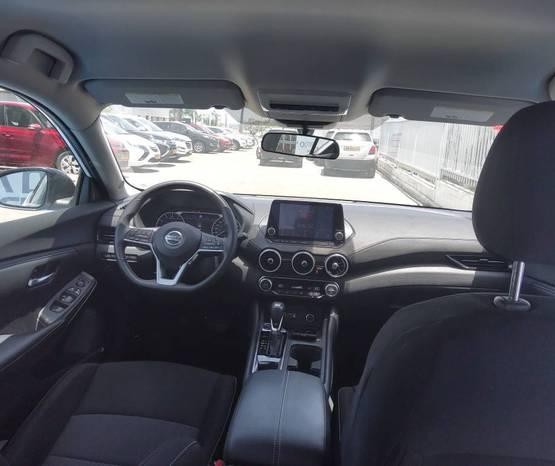 פנים הרכב